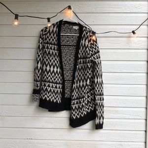 Patterned Cardigan - Lou & Grey